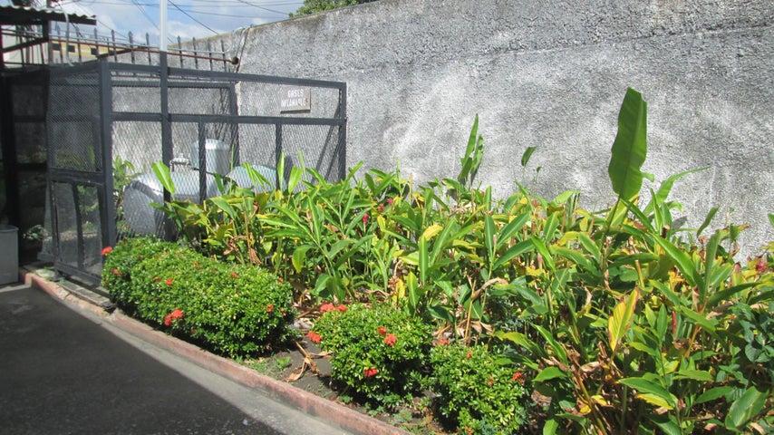 Apartamento Aragua>Maracay>La Maracaya - Venta:28.567.000 Precio Referencial - codigo: 19-1614