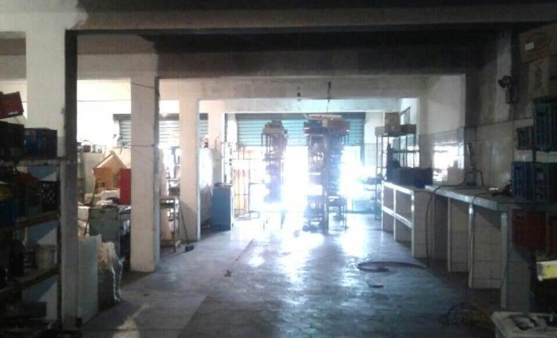 Local Comercial Lara>Barquisimeto>Parroquia El Cuji - Venta:30.000 Precio Referencial - codigo: 19-1615