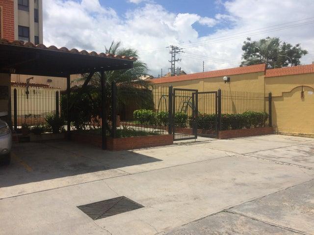 Casa Carabobo>Municipio Naguanagua>Tazajal - Venta:45.000 Precio Referencial - codigo: 19-1665