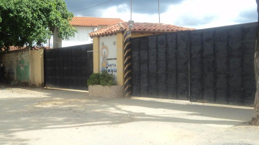 Casa Lara>Cabudare>Parroquia Jose Gregorio - Venta:12.800 Precio Referencial - codigo: 19-1713