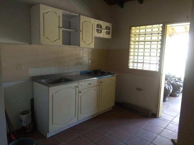 Casa Lara>Cabudare>Copacoa - Venta:15.800 Precio Referencial - codigo: 19-1723