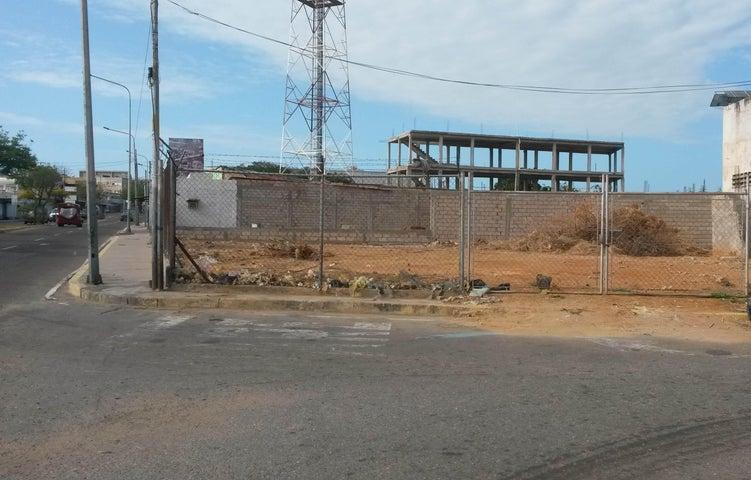 Terreno Zulia>Maracaibo>Avenida Bella Vista - Venta:16.500 Precio Referencial - codigo: 19-1752