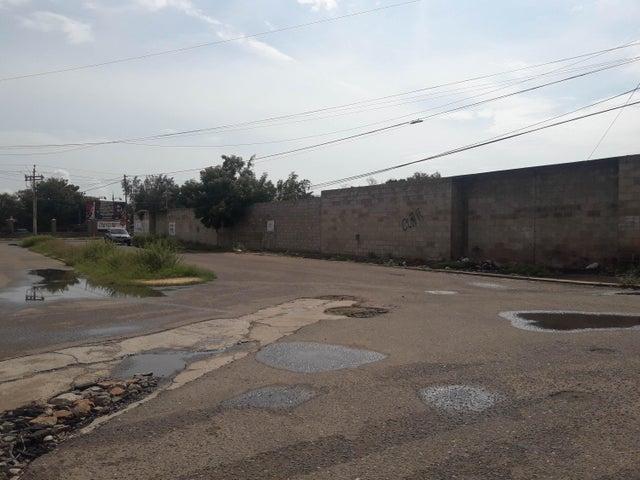 Terreno Zulia>Maracaibo>Avenida Milagro Norte - Venta:350.000 Precio Referencial - codigo: 19-1758