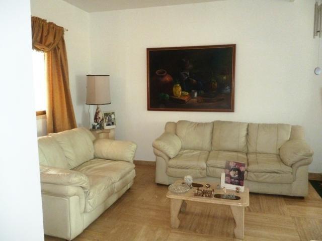 Casa Miranda>Charallave>Charallave Country - Venta:30.000 Precio Referencial - codigo: 19-1773