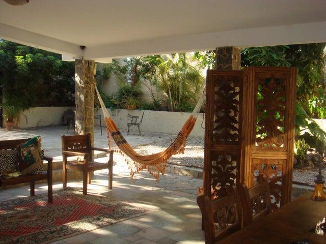 Casa Lara>Barquisimeto>Colinas De Santa Rosa - Venta:110.000 Precio Referencial - codigo: 19-1789