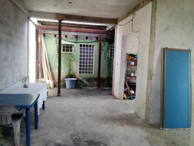 Casa Lara>Cabudare>Copacoa - Venta:11.000 Precio Referencial - codigo: 19-1872