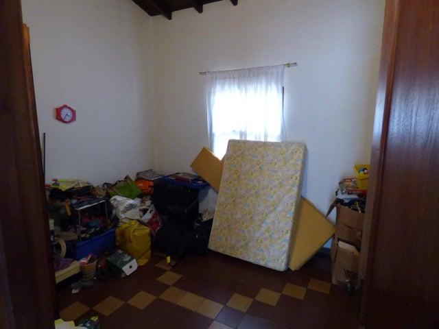 Casa Distrito Metropolitano>Caracas>San Bernardino - Venta:95.000 Precio Referencial - codigo: 19-2015