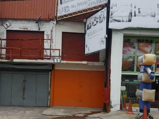 Galpon - Deposito Distrito Metropolitano>Caracas>La Yaguara - Venta:400.000 Precio Referencial - codigo: 19-1413