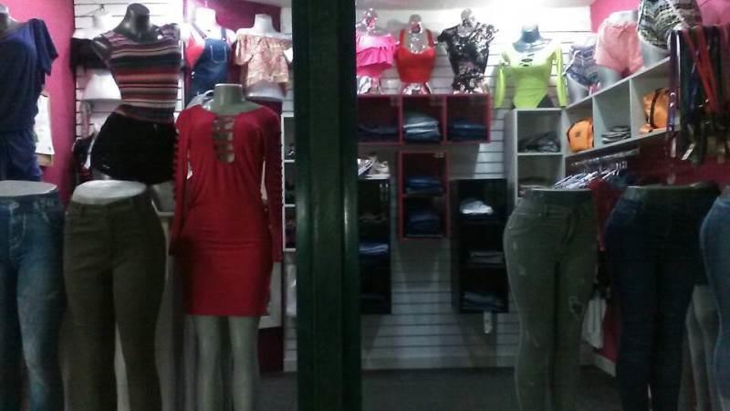 Local Comercial Miranda>Guatire>Guatire - Venta:4.500 Precio Referencial - codigo: 19-2030