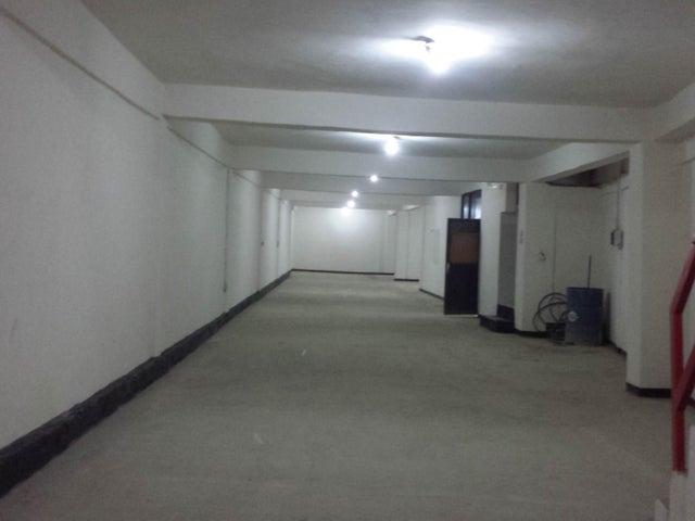 Galpon - Deposito Distrito Metropolitano>Caracas>La Yaguara - Alquiler:800 Precio Referencial - codigo: 19-2034