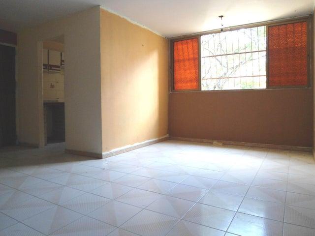 Apartamento Aragua>Cagua>El Saman - Venta:9.400 Precio Referencial - codigo: 19-2037