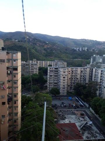 Apartamento Distrito Metropolitano>Caracas>Ruiz Pineda - Venta:12.600 Precio Referencial - codigo: 19-2080