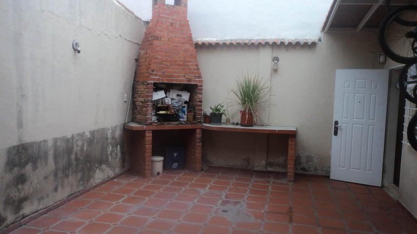 Casa Lara>Cabudare>Parroquia Jose Gregorio - Venta:38.000 Precio Referencial - codigo: 19-2057