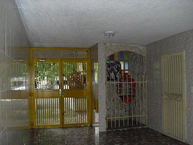 Apartamento Miranda>Charallave>Los Samanes - Venta:9.500 US Dollar - codigo: 19-2070
