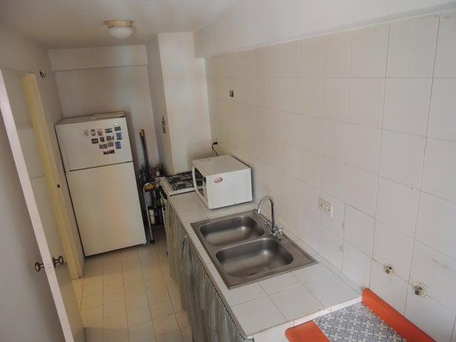 Apartamento Distrito Metropolitano>Caracas>Lomas del Avila - Venta:15.000 US Dollar - codigo: 19-2071