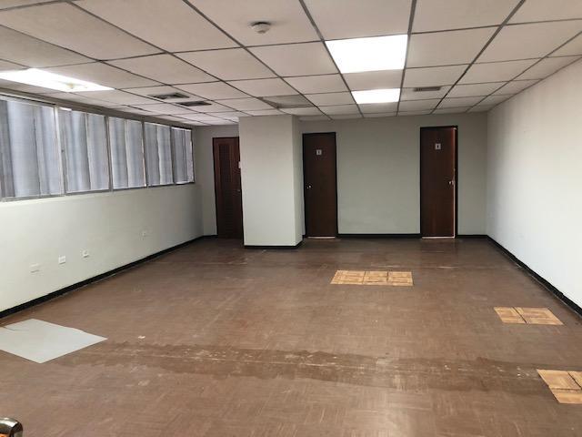 Oficina Zulia>Maracaibo>Calle 72 - Venta:25.000 Precio Referencial - codigo: 19-2073