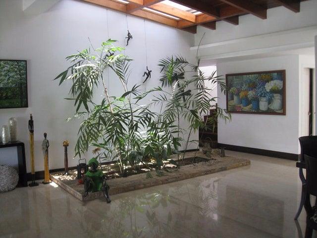 Casa Distrito Metropolitano>Caracas>Macaracuay - Venta:3.094.793.000 Precio Referencial - codigo: 19-2088