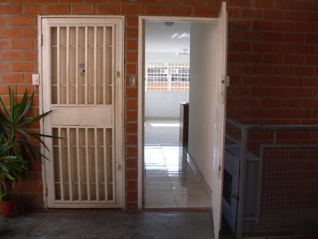 Apartamento Miranda>Guatire>El Ingenio - Venta:8.500 US Dollar - codigo: 19-2103
