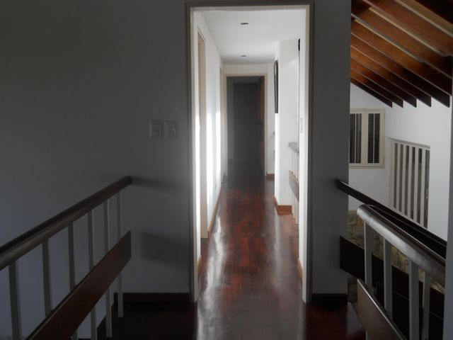 Casa Distrito Metropolitano>Caracas>La Lagunita Country Club - Venta:430.000 Precio Referencial - codigo: 19-2102