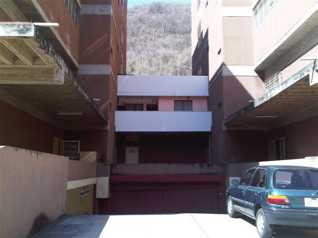 Industrial Distrito Metropolitano>Caracas>Macarao - Alquiler:250 Precio Referencial - codigo: 19-2105