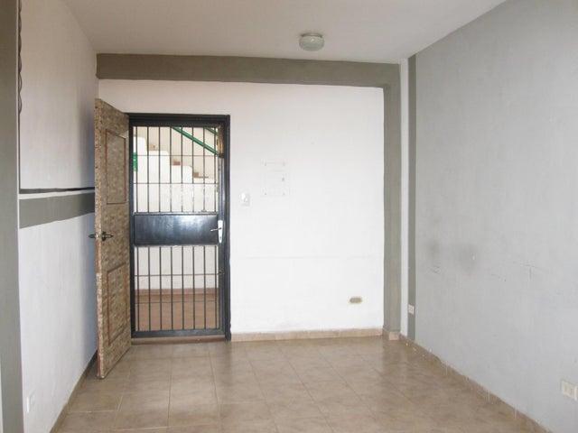 Apartamento Aragua>Municipio Linares Alcantara>Parque Residencial Santa Rita - Venta:10.942.000 Precio Referencial - codigo: 19-2114