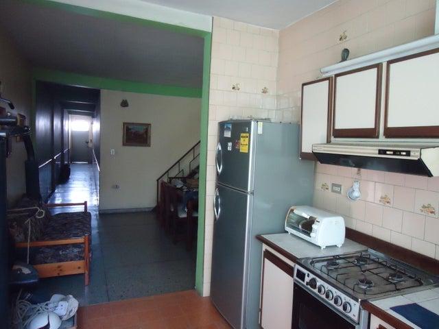 Local Comercial Lara>Barquisimeto>Centro - Venta:72.572.000 Precio Referencial - codigo: 19-2118