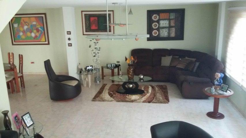 Casa Aragua>La Victoria>San Homero - Venta:50.000 Precio Referencial - codigo: 19-2121