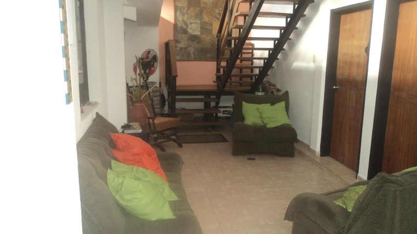 Casa Lara>Cabudare>La Morenera - Venta:42.000 Precio Referencial - codigo: 19-2137