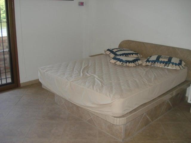 Casa Miranda>Higuerote>Ciudad Balneario Higuerote - Venta:100.000 Precio Referencial - codigo: 19-2172