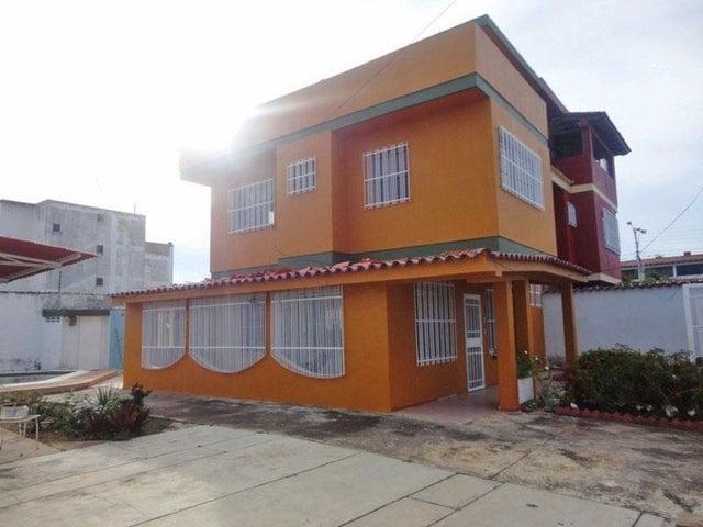 Casa Miranda>Higuerote>Ciudad Balneario Higuerote - Venta:12.000 Precio Referencial - codigo: 19-2229