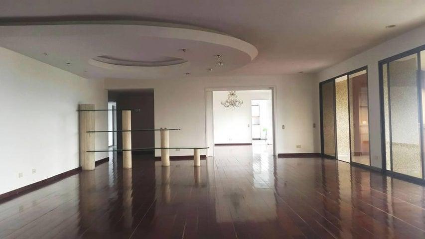 Apartamento Distrito Metropolitano>Caracas>Los Chorros - Venta:450.000 Precio Referencial - codigo: 19-2249