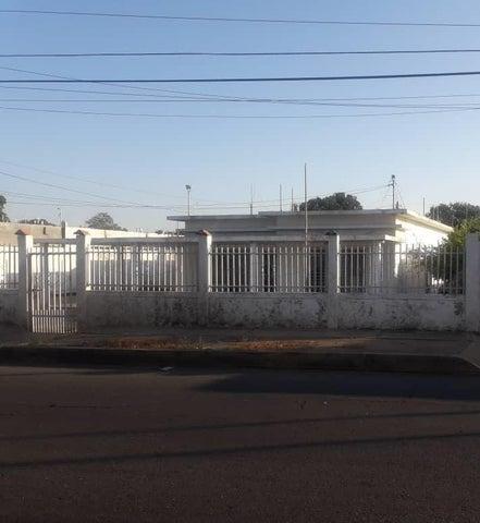 Casa Zulia>Municipio San Francisco>Sierra Maestra - Venta:25.000 Precio Referencial - codigo: 19-2307