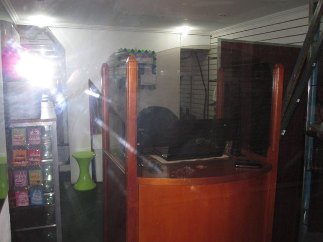 Local Comercial Aragua>Maracay>Avenida Bolivar - Venta:9.500 Precio Referencial - codigo: 19-2283