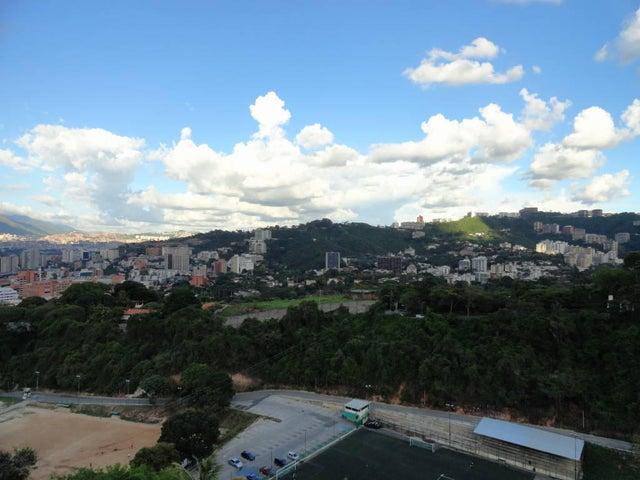 Apartamento Distrito Metropolitano>Caracas>Chulavista - Venta:250.000 Precio Referencial - codigo: 19-2341