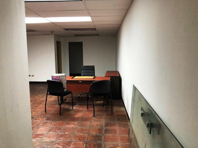 Oficina Distrito Metropolitano>Caracas>Colinas de Bello Monte - Venta:125.000 Precio Referencial - codigo: 19-2344