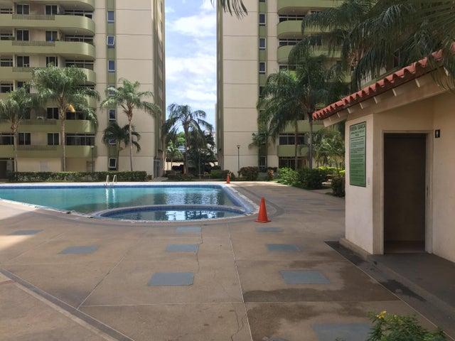 Apartamento Anzoategui>Barcelona>La Colina - Venta:37.000 Precio Referencial - codigo: 19-2383