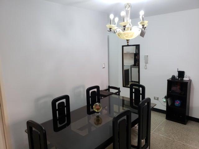 Apartamento Distrito Metropolitano>Caracas>Parroquia La Candelaria - Venta:22.000 Precio Referencial - codigo: 19-2120