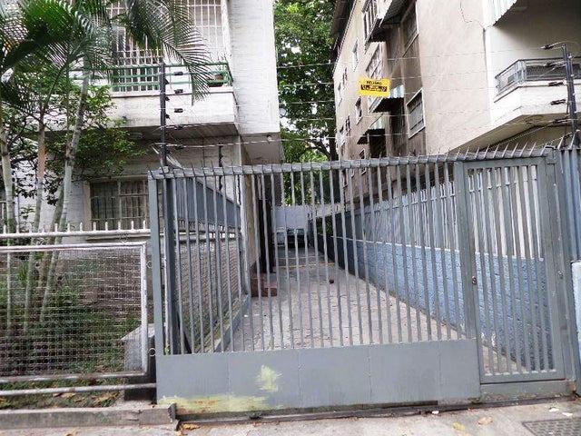 Apartamento Distrito Metropolitano>Caracas>El Bosque - Venta:35.000 Precio Referencial - codigo: 19-2407