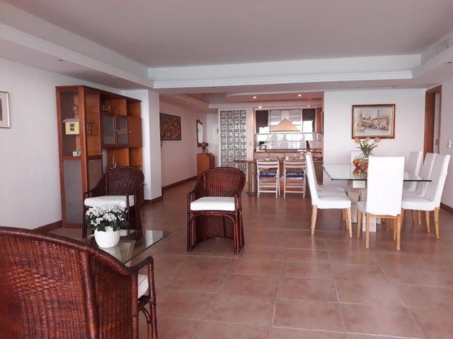 Apartamento Anzoategui>Lecheria>Complejo Turistico EL Morro - Alquiler:1.500 Precio Referencial - codigo: 19-2423