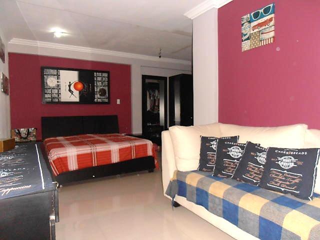 Townhouse Aragua>Turmero>Conjunto Residencial Las Carolinas II - Venta:63.000 Precio Referencial - codigo: 19-2495