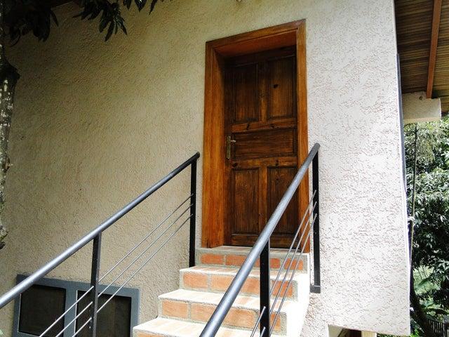 Casa Distrito Metropolitano>Caracas>Prados del Este - Venta:600.000 Precio Referencial - codigo: 19-2544