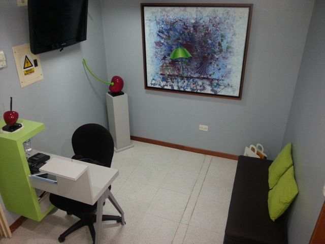 Consultorio Medico  Distrito Metropolitano>Caracas>Terrazas del Club Hipico - Venta:110.000 Precio Referencial - codigo: 19-2558