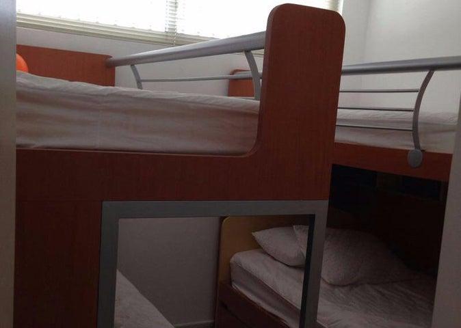 Apartamento Falcon>Tucacas>Tucacas - Venta:180.000 Precio Referencial - codigo: 19-2567