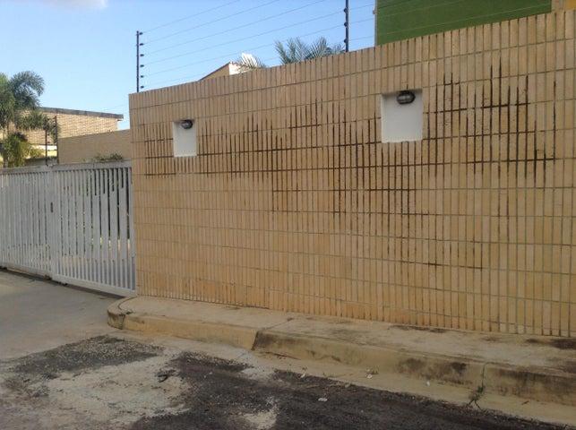 Townhouse Carabobo>Valencia>El Parral - Venta:75.000 Precio Referencial - codigo: 19-2568