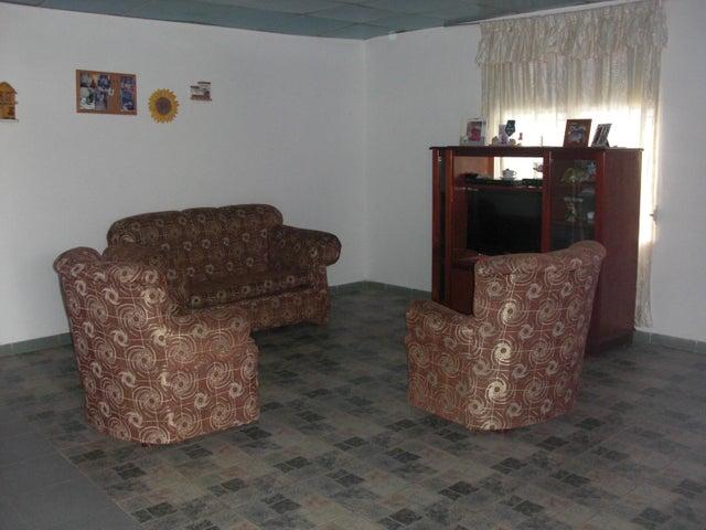 Casa Falcon>Coro>Sector San Jose - Venta:7.000 Precio Referencial - codigo: 19-2583