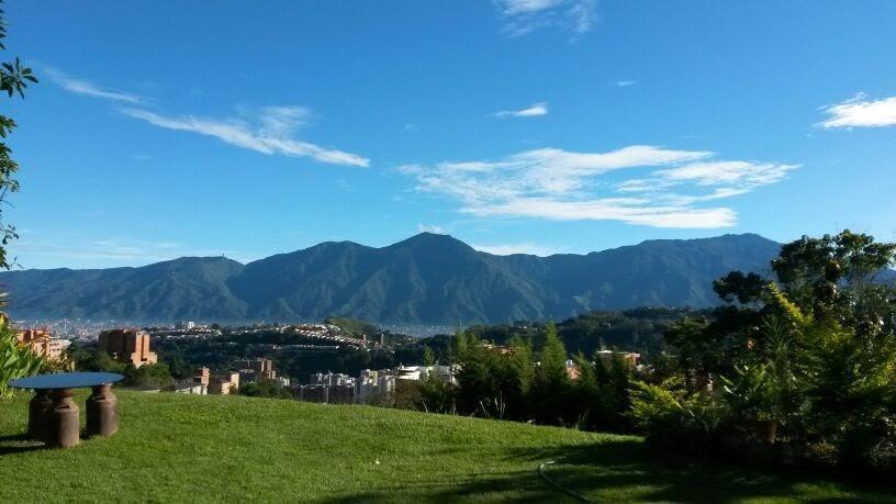 Apartamento Distrito Metropolitano>Caracas>Oripoto - Venta:83.000 Precio Referencial - codigo: 19-2588