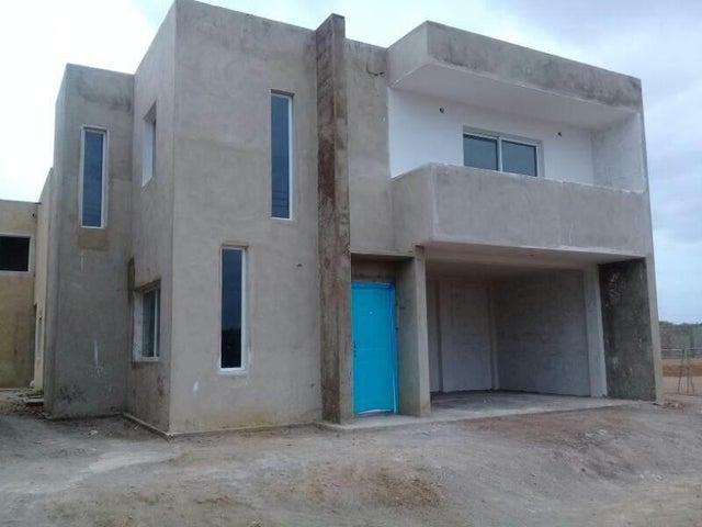 Casa Falcon>Coro>Centro - Venta:23.000 Precio Referencial - codigo: 19-2596