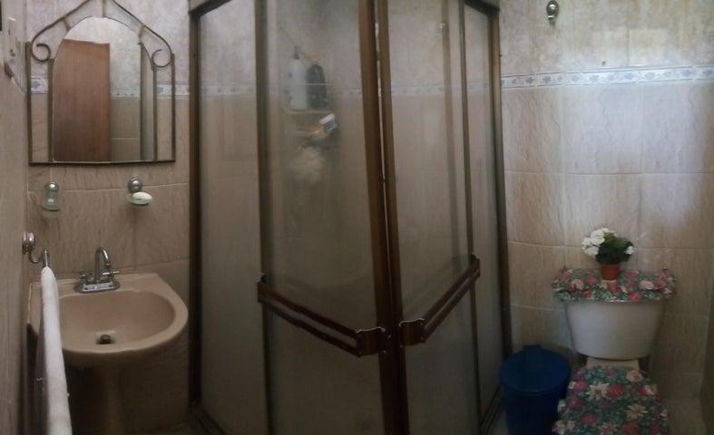 Casa Zulia>Municipio San Francisco>Sierra Maestra - Venta:18.000 Precio Referencial - codigo: 19-2621