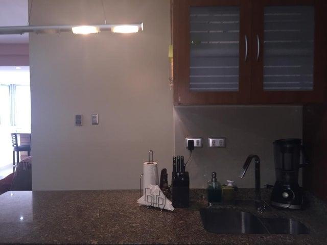 Apartamento Zulia>Maracaibo>Avenida El Milagro - Venta:65.000 Precio Referencial - codigo: 19-2676