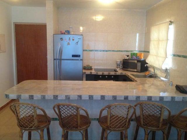 Apartamento Miranda>Rio Chico>Las Mercedes de Paparo - Venta:8.000 Precio Referencial - codigo: 19-2687